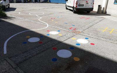 Končana poslikava igrišča za šolo